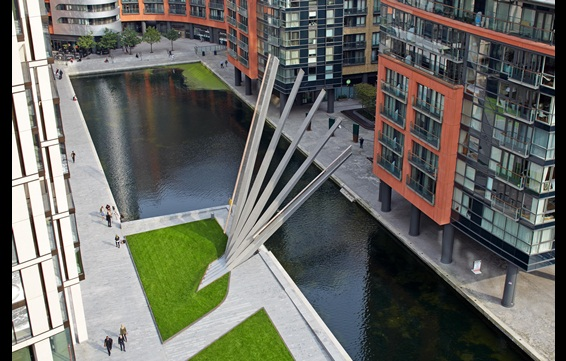 1393175_Merchant_Square_bridge3